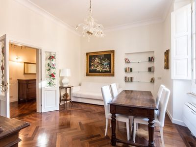 Photo for Apartment 1 km from the center of Rome with Internet, Air conditioning, Lift, Washing machine (347539)