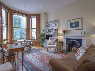 Photo for A characterful 1 bedroom apartment located in iconic Notting Hill! (veeve)