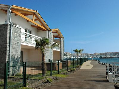 Photo for Luxury holiday 6/8 with private access to private island in Cap d'Agde