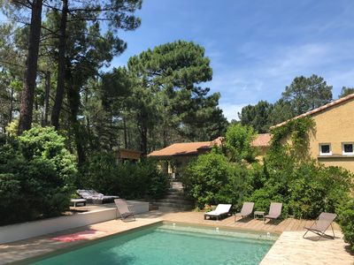 Photo for Family villa in Provence with swimming pool