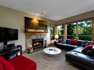 Photo for Painted Cliff  Ski-in, Ski-out Luxury with serene mountain view, sleeps 7 (18)