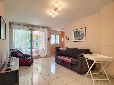 Photo for Holiday rental with garage in the city centre, 500 m from the beach in Antibes