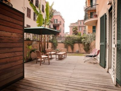 Photo for Vatican Deluxe apartment in Vaticano with air conditioning, private terrace, private garden & lift.