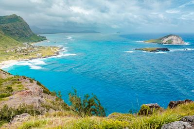 7 minute drive to stunning Makapu'u beach
