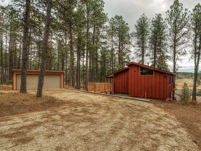Photo for Hillside Creek Cabin In The Heart Of The Hills Is Right In The Middle Of It All!