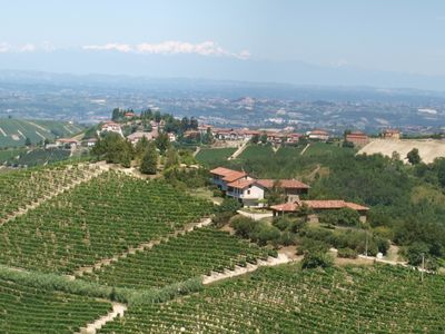 Photo for Exceptional view, typical 'old Piedmont' restored house near Alba, Piedmont