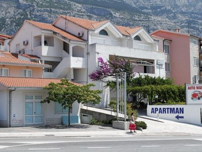 Photo for Apartment in Makarska (Makarska), capacity 2+2