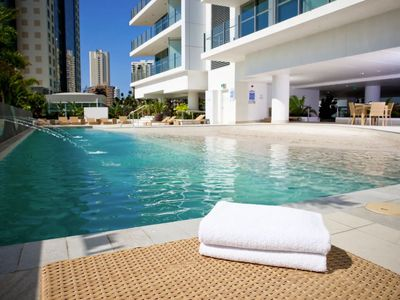 Photo for Relaxing Private Escape - Surfers Paradise