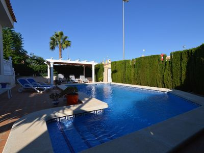 Photo for Modern detached villa in Benijofar with private pool, porch and garden.