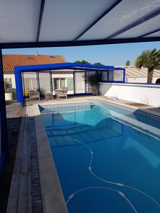 Photo for Villa with pool at the foot of the island of Oléron