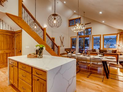 Photo for MTN Contemporary 4 BR backs to 100 Acre Alpine Meadow,Private Hot Tub on Shuttle