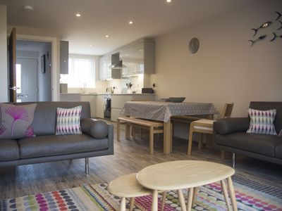 Photo for Beautifully presented modern 3 bedroom town house in central Falmouth location