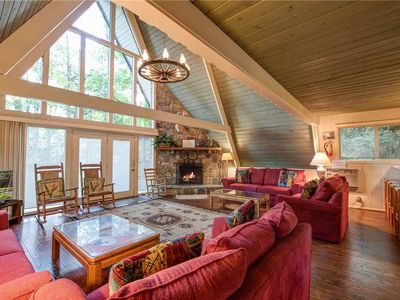 Photo for 4BR Cabin Vacation Rental in Gatlinburg, Tennessee