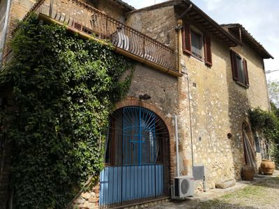 Photo for Farmhouse with unique view of San Gimignano