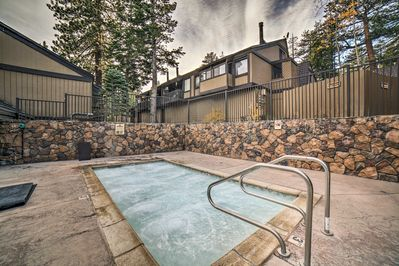 Located in the Bigwood community, the condo offers access the a Jacuzzi!