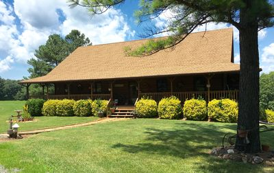 Photo for 5BR House Vacation Rental in Concord, Virginia