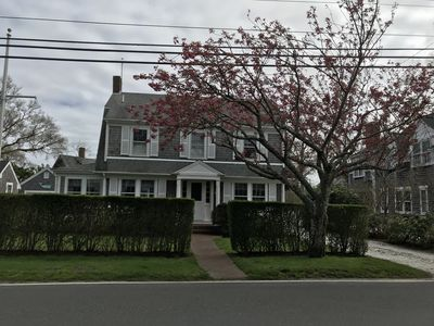 Photo for Lovely Nantucket home in desirable Cliff area close to town and beaches-
