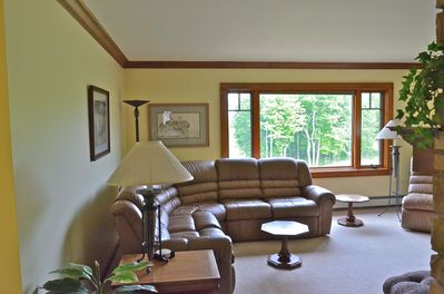"""Large Living Room with 4 Recliners and 50"""" TV"""