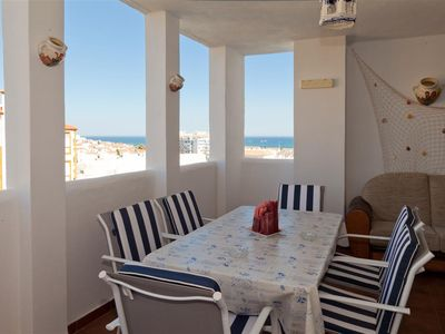 Photo for Modern family apartment with Air con, Wifi & Pool, Close to beach, restaurants and Estepona port