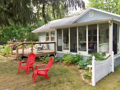 Photo for Port Huron - Sandy Feet Cottage, steps to Lake Huron