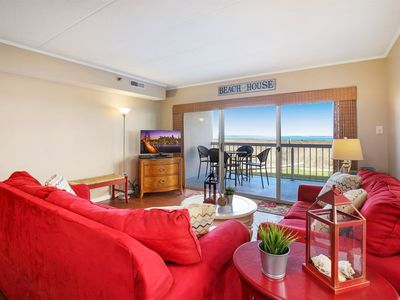 Photo for A gorgeous 3 Bedroom/2 Bath Bayfront Condo with a Pool!