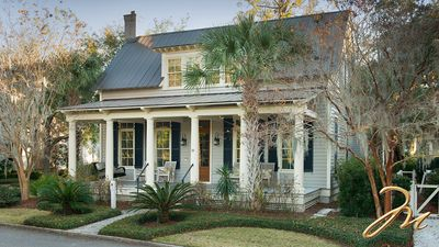 Photo for Montage   Two Master Suites Elegantly Decorated  FULL AMENITIES  Palmetto Bluff