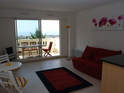 Photo for One Bedroom Apartment, Nice and Antibes, Sleeps 4, only 5 minutes form Airport