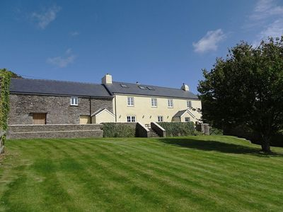 Photo for LOWER WIDDICOMBE FARM, pet friendly in Beesands, Ref 976227