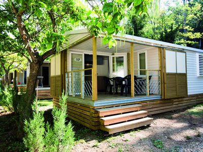 Photo for Cozy mobile home in the Lubéron near a spa resort