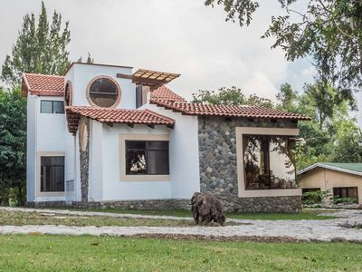 Photo for Villa Jucanya 5, Great Lake Views, away from noise but close, 3 bedrooms.