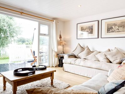Photo for Stylish Lake Lodge in the Cotswolds