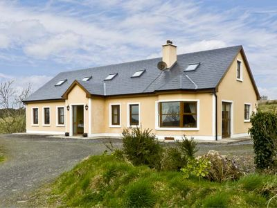 Photo for FRURE HOUSE, pet friendly in Kilmihil, County Clare, Ref 4624