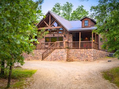 Photo for Luxury 5 Bedroom Cabin with Hot Tub near Broken Bow Lake.
