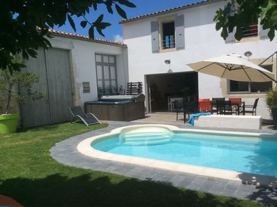Photo for Le Clos des figuiers **** Villa pool heating SPA, WIFI, garden, private parking