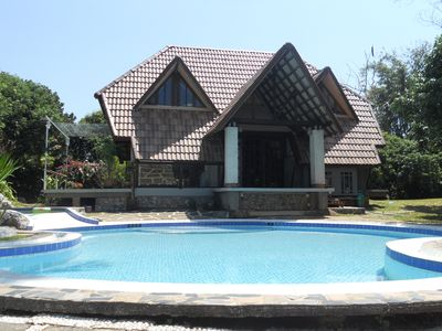Photo for Cottage with pool in the hill, immersed in tropical quiet