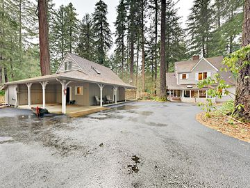 Mckenzie River Retreat 4br W Wraparound Porch Deck 200 Frontage