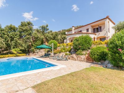 Photo for Beautiful villa for 6 people with 1200 m2 of land and private pool in Calonge