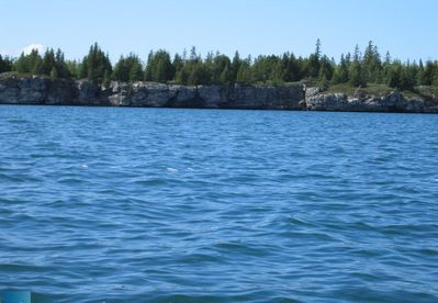 The Beautiful Leask Bay which is part of the larger South Bay of Manitoulin Island. The water is fresh and clear! Leask Bay is enjoyable for waterskiing and canoeing and enjoying the beutiful hot day of summer.