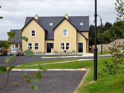Photo for Cosy house, sleeps six, set in tranquil location. Less than one km from Kenmare.