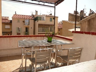 Photo for 3 bedroom apartment located in the heart of Sanary with terrace and parking