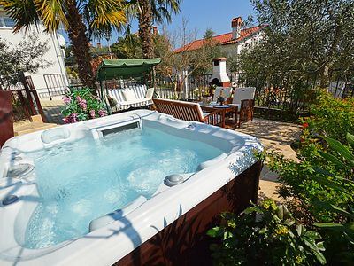 Photo for 3 bedroom Villa, sleeps 5 in Buje with Pool, Air Con and WiFi