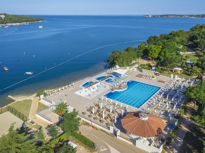 Photo for WestCoast mobile home with XXL terrace in 4 * Lanterna Poreč, beach and water park