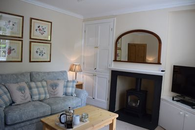 Relax in comfort in the sitting room