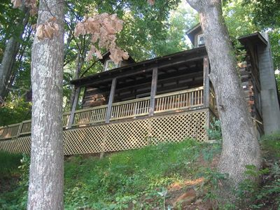 Photo for Spivey Mountain Cabin With Hot Tub, Mountain Views, Close to Downtown