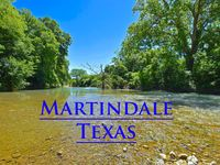The perfect home near Texas hill country - clean, comfortable, convenient, and TREMENDOUS hosts!
