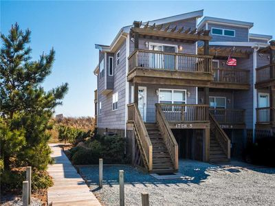 Photo for Pelican Nest: 2 BR / 1.5 BA condo in North Topsail Beach, Sleeps 6