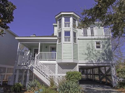 Photo for Beautifully updated home located in Wild Dunes just steps to beach and pool