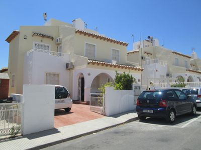 Photo for Beautiful spacious, 2 bed/2 bathroom villa on Southern Costa Blanca