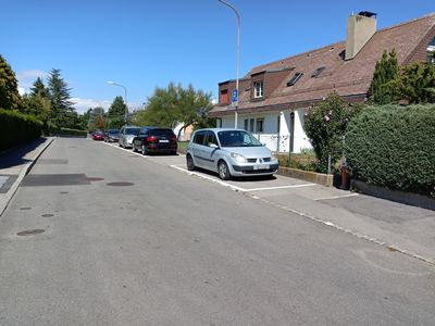 Photo for Very nice area of private villas, not far from Lake Geneva and EPFL.