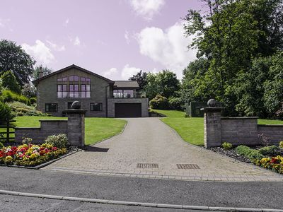 Photo for Luxury detached House situated between historic Stirling and Callander